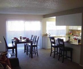 Dining Room, Amberwood Villas