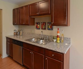 Kitchen, West End Apartments