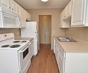 Kitchen, The Bluffs of Burnsville