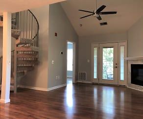 Living Room to Atrium Door.jpg, 2000 Phillips Terrace Unit 12