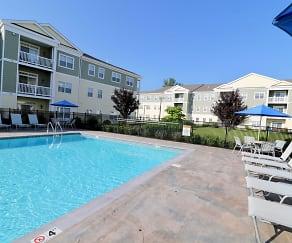 Pool, Broadleaf Boulevard