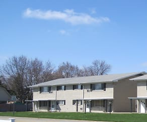 Building, Pine Manor Apartments