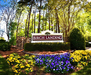 Landscaping, Birch Landing Atlanta Apartments