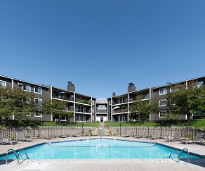 Basswood Trails Apartments