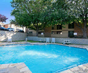 Pool, Westlake Gardens