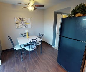 Dining Room, Indian Woods Apartments of Evansville