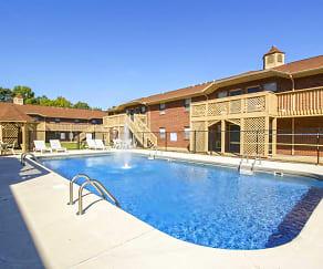 Pool, Summer Courtyard Apartments