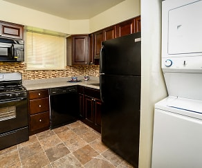 Glen Ridge Apartment Homes, Linthicum Heights, MD
