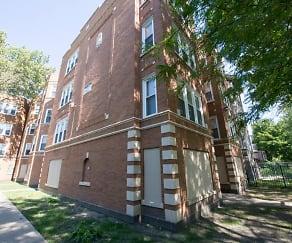 Building, 5024 W Quincy Street