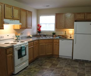 Kitchen, Edwardsville Trace Apartments