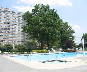 Pool, Cooper River Plaza