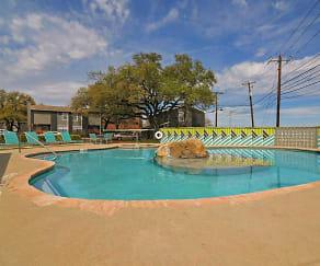 Pool, Evolve at Arboretum