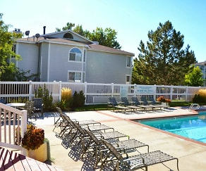 Pool, Highland Springs Apartments