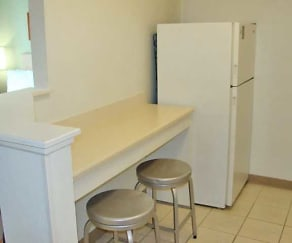 Kitchen, Furnished Studio - Philadelphia - Mt. Laurel - Pacilli Place