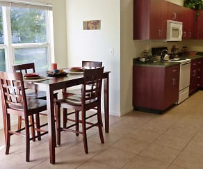 Kitchen, Meadowbrook Apartments and Townhomes