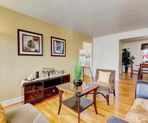Living Room, Park Raven Apartments