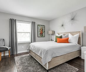 Master Bedroom - Recently Renovated - Jamestown Apts, Jamestown At St Matthews