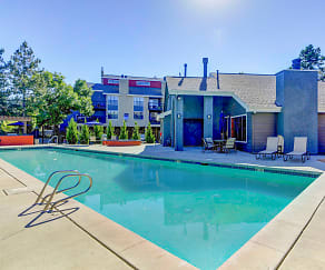 Pool, Advenir at Del Arte Townhomes
