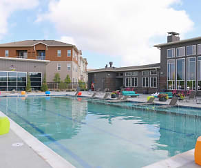Pool, Luna Bella