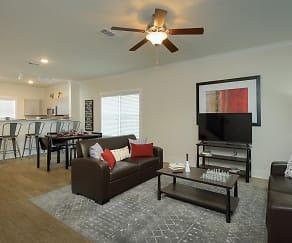 Living Room, Retreat at Starkville