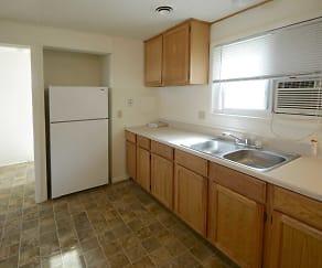 Kitchen, Chesapeake Pointe Townhomes