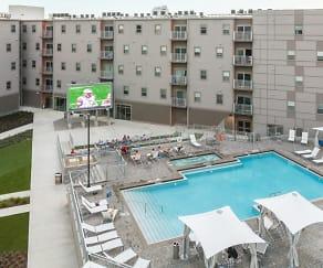 Pool, Onyx