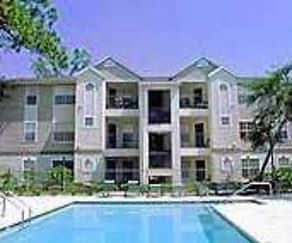 Pool, Golden Oaks Apartments