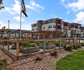 Community garden, Enclave at Cherry Creek