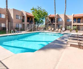 Pool, Saddle Ridge Apartments