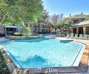 Pool, Oaks Hackberry Creek