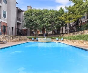 Pool, Heights Of Benbrook