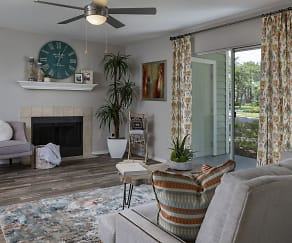 Living Room, Tuskawilla at Winter Springs