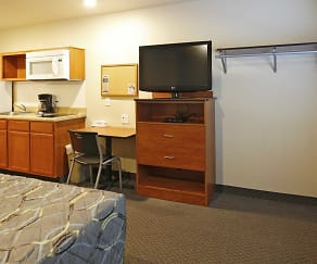 Living Room, WoodSpring Suites Williston