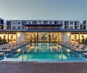 Pool, The Callie