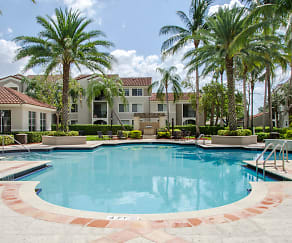 Resort Style Swimming Pool, Miramar Lakes Apartments