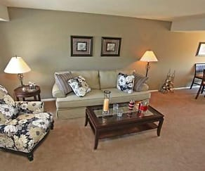 Living Room, Commons at White Marsh