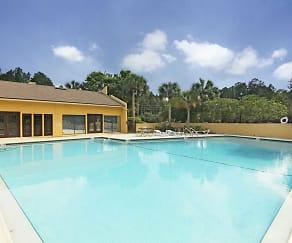 Pool, Caroline Square