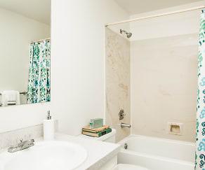 Bathroom, Yarrowood Highlands