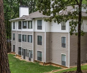 Woodlyn on the Green Apartment Homes, Reedy Creek Middle School, Cary, NC