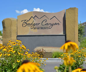 Community Signage, Badger Canyon Apartments