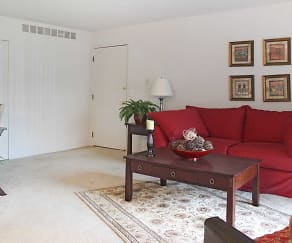 Living Room, Knollwood Village Apartments