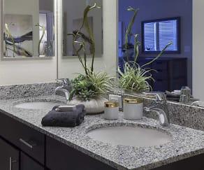 Bathroom, Dwell Maitland