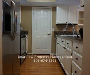 Kitchen, 23569 Genesee Village Rd