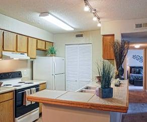 Kitchen, Island Pointe