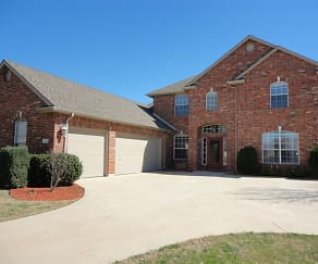 1313 Mcentire Court, Pecan Acres, TX