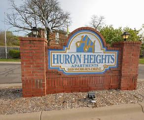 Community Signage, Huron Heights & Ridge