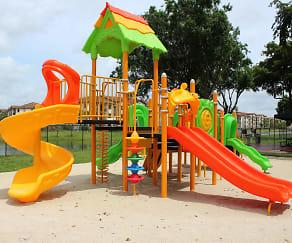 Playground, Fontainebleau Milton