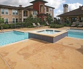 Pool, Highland Villas Apartments