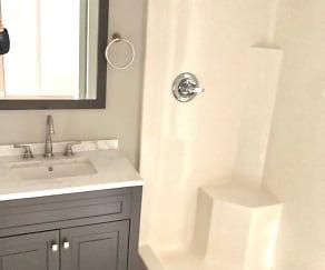Bathroom, 2500 Warsaw Ave