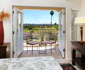Town Park Villas, San Diego, CA
